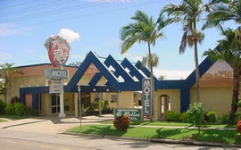 Hi Roller Motel - Whitsundays Tourism
