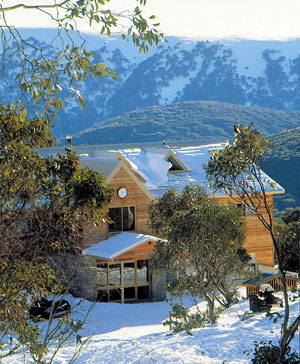 Summit Ridge Alpine Lodge - Whitsundays Tourism