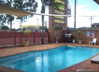 Town And Country Motor Inn Cobar - Whitsundays Tourism