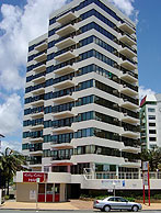 Beachfront Towers - Whitsundays Tourism