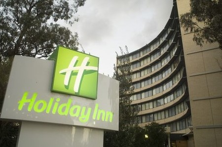Holiday Inn Melbourne Airport - Whitsundays Tourism