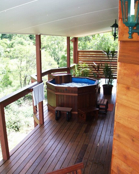 Sketches Mountain Resort - Whitsundays Tourism