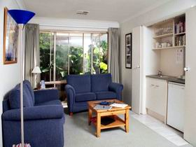 Bellevue Bed  Breakfast - Whitsundays Tourism