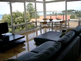 Victor Apartments - Adare Apartment - Whitsundays Tourism