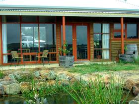 Minko Farmstay - Whitsundays Tourism