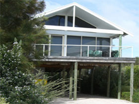 Sheoak Holiday Home - Whitsundays Tourism
