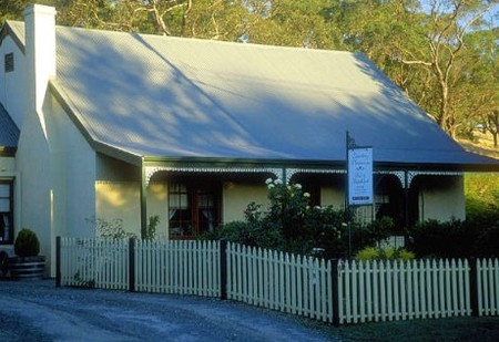 Country Pleasures Bed and Breakfast - Whitsundays Tourism