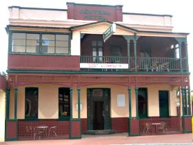 Central Hotel Zeehan - Whitsundays Tourism
