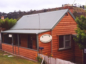 Cobblers Accommodation - Whitsundays Tourism