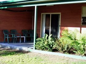 Queechy Cottages - Whitsundays Tourism