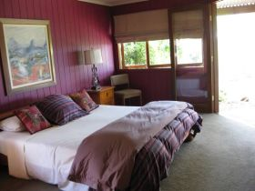 French Cottage and Loft - Whitsundays Tourism