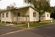 Pleasurelea Tourist Resort and Caravan Park - Whitsundays Tourism