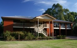 Elizabeth Leighton Bed and Breakfast - Whitsundays Tourism