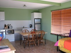 Fossickers Cottages - Whitsundays Tourism