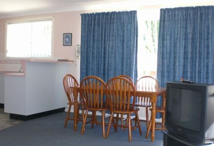 Boronia Lodge Apartments - Whitsundays Tourism
