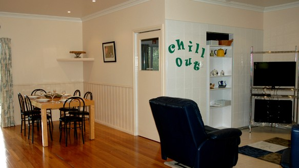 Carrs Hunter Valley Macadamia Farm Guest House - Whitsundays Tourism