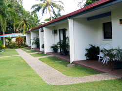 Sunlover Lodge Holiday Units and Cabins - Whitsundays Tourism