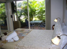 Alexander Lakeside Bed and Breakfast - Whitsundays Tourism