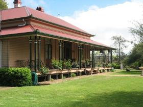 Haddington Bed and Breakfast - Whitsundays Tourism