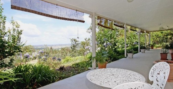 Bed and Breakfast at Wallaby Ridge - Whitsundays Tourism