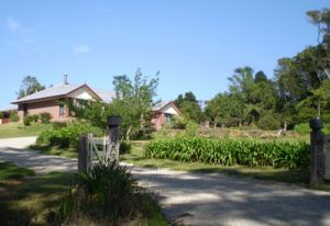 Hardy House Bed and Breakfast - Whitsundays Tourism