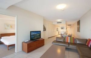 Grand Mercure Apartments Coolangatta - Whitsundays Tourism