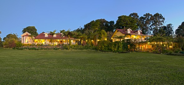 Foxwell Park Lodge - Whitsundays Tourism