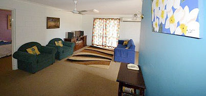 Spanish Lace Motor Inn - Whitsundays Tourism