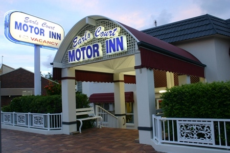 Earls Court Motor Inn - Whitsundays Tourism