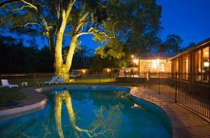 Wilpena Pound Resort - Whitsundays Tourism