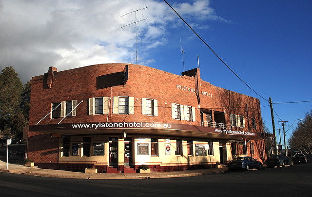Rylstone Hotel - Whitsundays Tourism