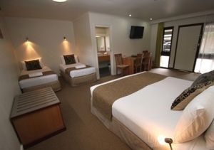 Botanical Motel - Whitsundays Tourism
