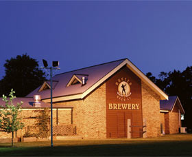 Potters Hotel And Brewery - Whitsundays Tourism