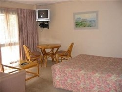 Beaumaris Bay Motel - Whitsundays Tourism