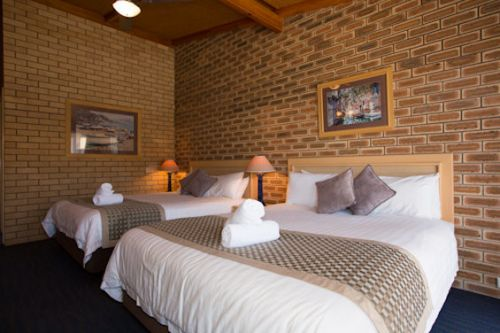 The Town House Motor Inn - Sundowner Goondiwindi - Whitsundays Tourism