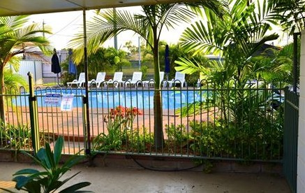 4th Avenue Motor Inn - Whitsundays Tourism