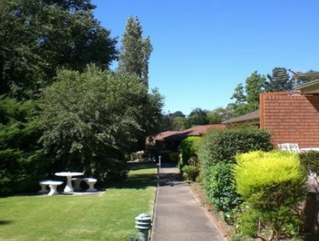 Boronia Holiday Lodge - Whitsundays Tourism