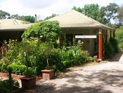 Treetops Bed And Breakfast - Whitsundays Tourism