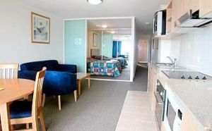 The Entrance Waldorf Apartments - Whitsundays Tourism