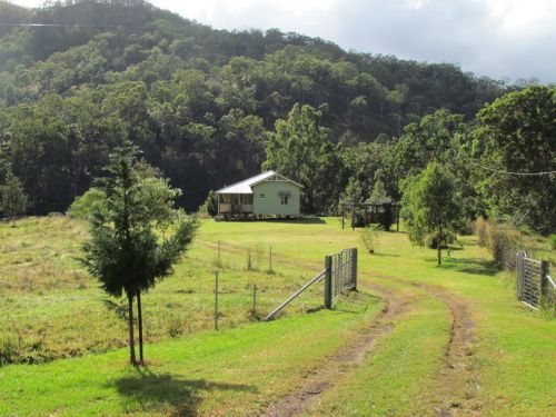 Eighteen Mile Cottage and Homestead - Whitsundays Tourism