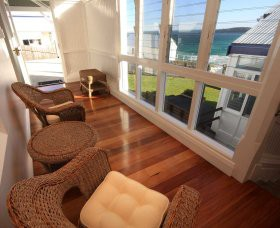 Sugarloaf Point Lighthouse Holiday Accommodation