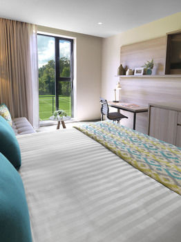 Vibe Hotel Marysville - Whitsundays Tourism