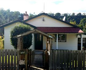 Brothers Town Cottage - Whitsundays Tourism