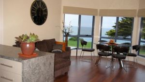 Seascape Accommodation - Whitsundays Tourism