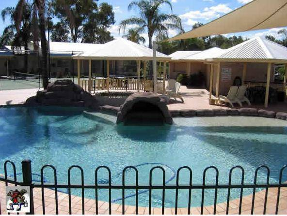 Jolly Swagman Motor Inn - Whitsundays Tourism