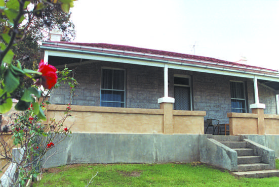 Limestone View Naracoorte Cottages