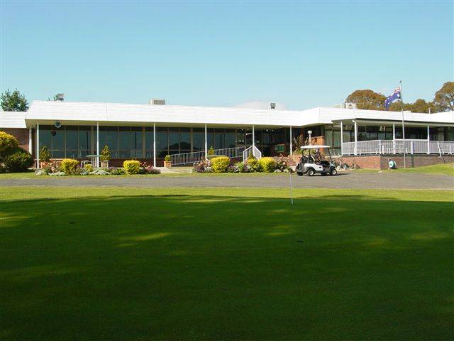 Tenterfield Golf Club and Fairways Lodge - Whitsundays Tourism