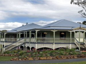 The Sanctuary Springbrook Guest House Cottage - Whitsundays Tourism