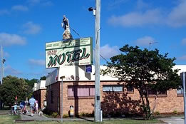 Jackie Howe Motel - Whitsundays Tourism