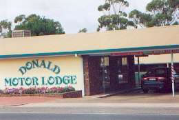 DONALD MOTOR LODGE - Whitsundays Tourism